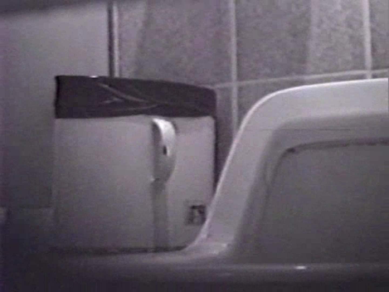 臭い厠で全員嘔吐する女 厠・・・ 盗み撮り動画 111PIX 2