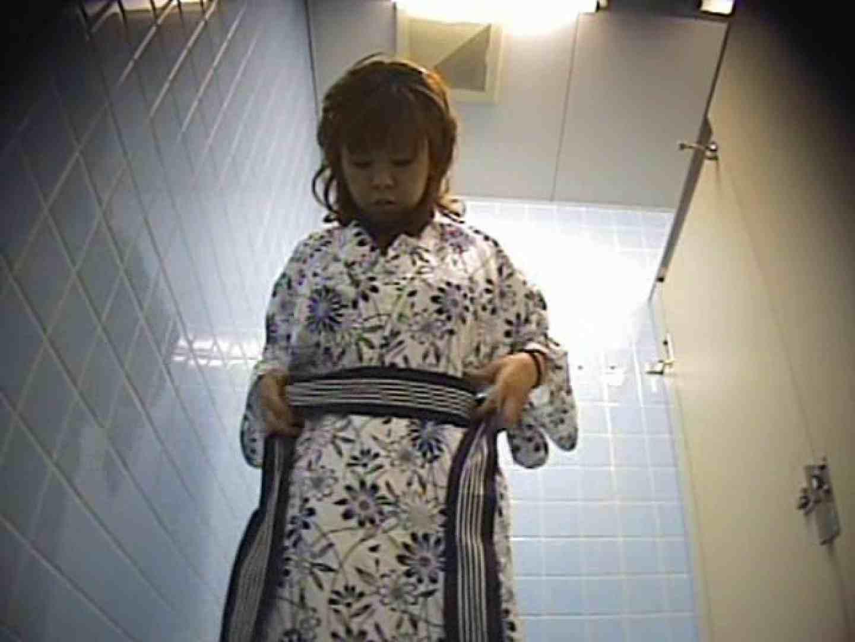 熱海温泉 某有名旅館厠事情! 浴衣 | 黄金水  110PIX 13