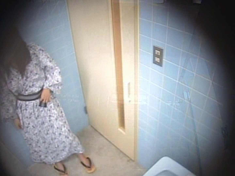 熱海温泉 某有名旅館厠事情! 浴衣 | 黄金水  110PIX 37