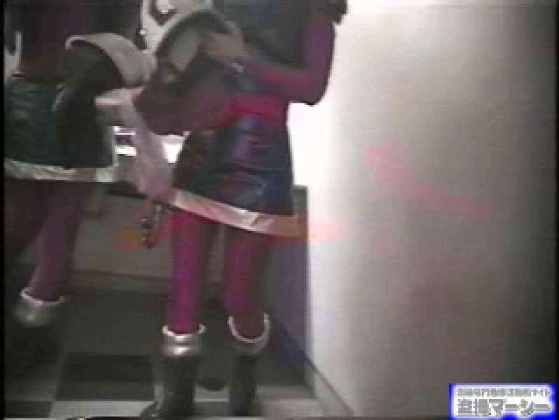 女盗撮師がコスプレ会場の厠に潜入しちゃいました! 盗撮シリーズ ワレメ動画紹介 100PIX 14