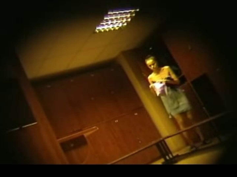 ヨーロッパ発! ロッカールーム潜入撮vol.2 ギャルのエロ動画 おめこ無修正動画無料 106PIX 84