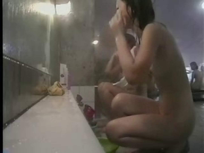 潜入!女子寮!脱衣所&洗い場&浴槽! vol.01 ギャルのエロ動画  109PIX 90