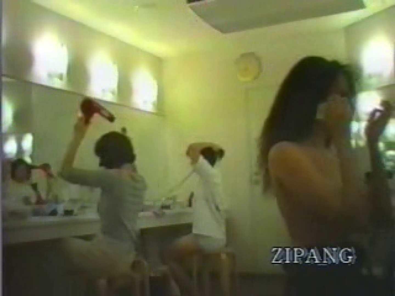 潜入女子ロッカールーム vol.02 潜入 | 裸体  106PIX 56