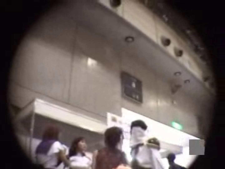 潜入 コスプレ大会! ギャルのエロ動画 盗み撮り動画 89PIX 45