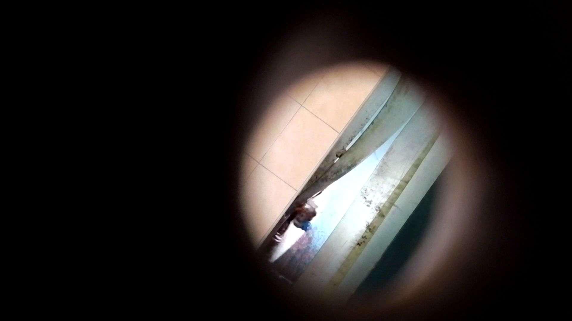 【世界の射窓から】世界の射窓から vol.1前編 洗面所編  99PIX 50