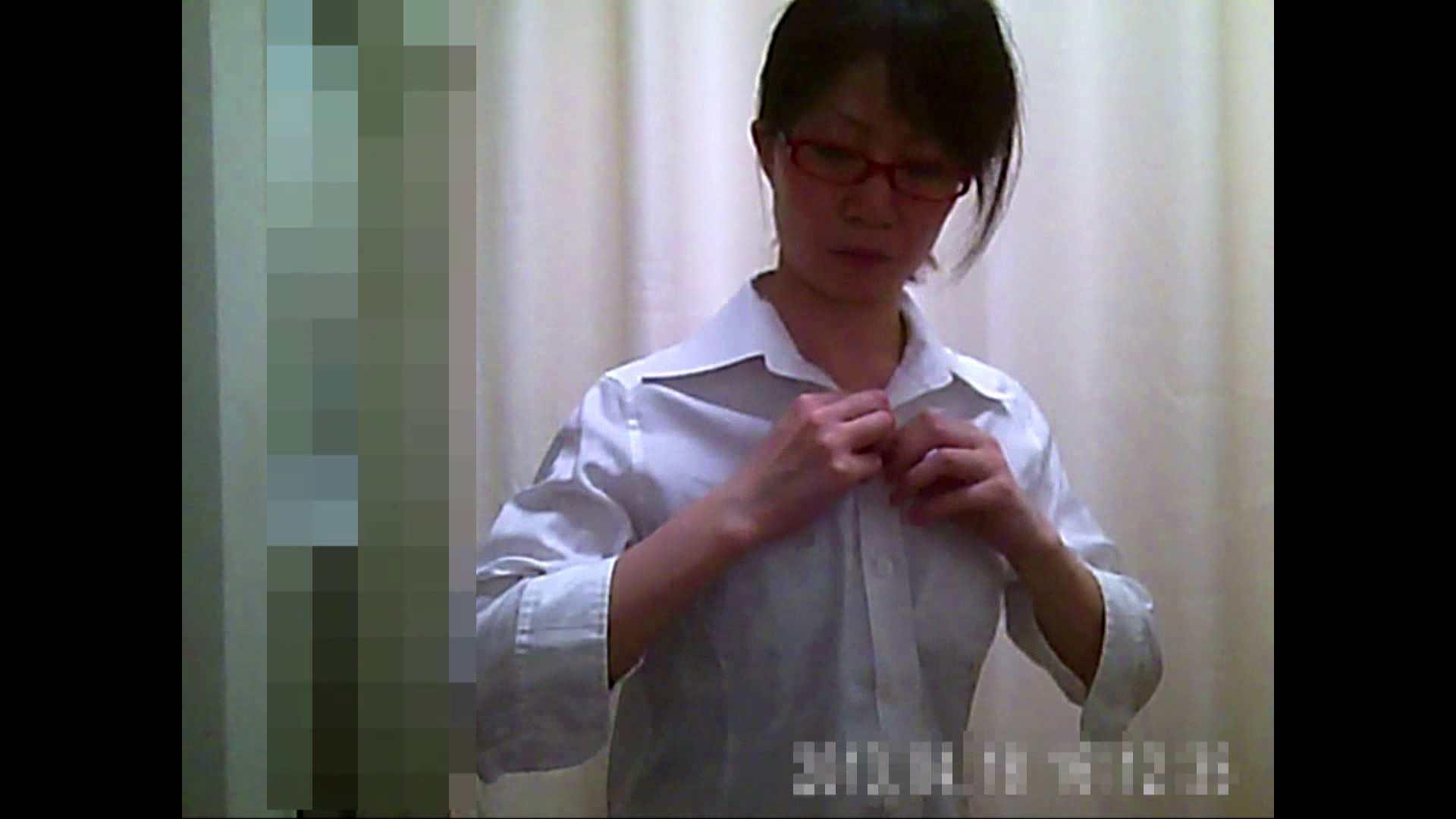 巨乳おまんこ:病院おもいっきり着替え! vol.204:ピープフォックス(盗撮狐)