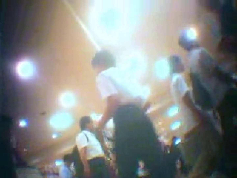 巨乳おまんこ:新!制服女子パンチラ盗撮Vol.1:ピープフォックス(盗撮狐)