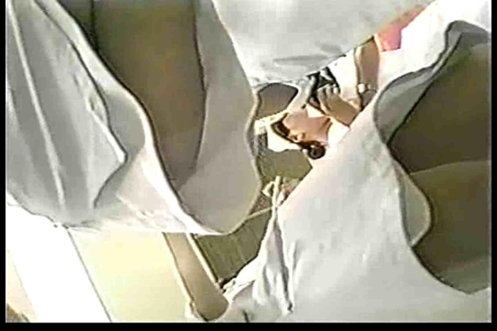 巨乳おまんこ:院内密着!看護婦達の下半身事情Vol.1:ピープフォックス(盗撮狐)
